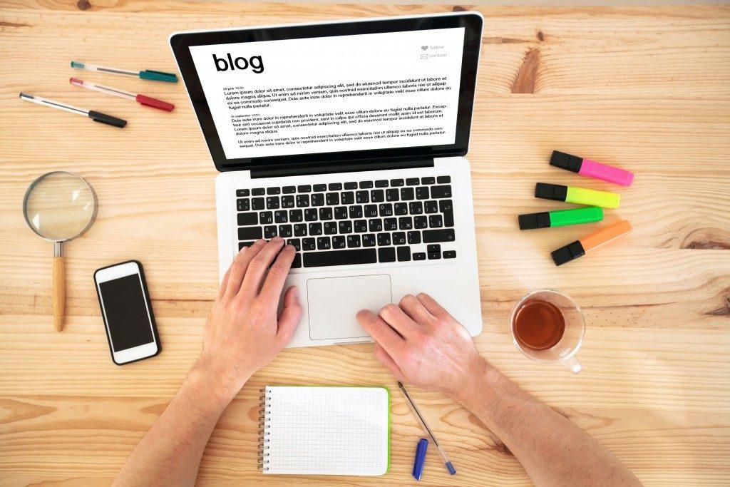 Person checking a website blog