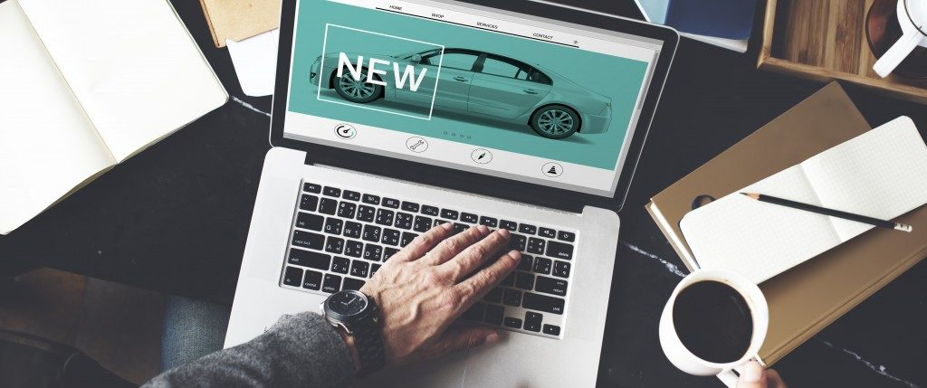a car ad on a laptop screen